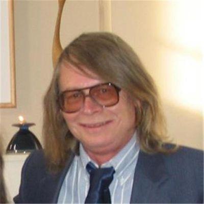 Simon Barrett