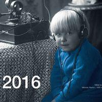 Devyni radijo dešimtmečiai.